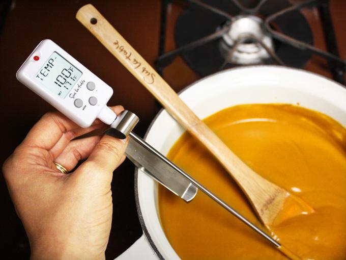 raw vegan tomato basil soup