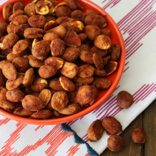 Raw Vegan Nacho Spiced Almonds