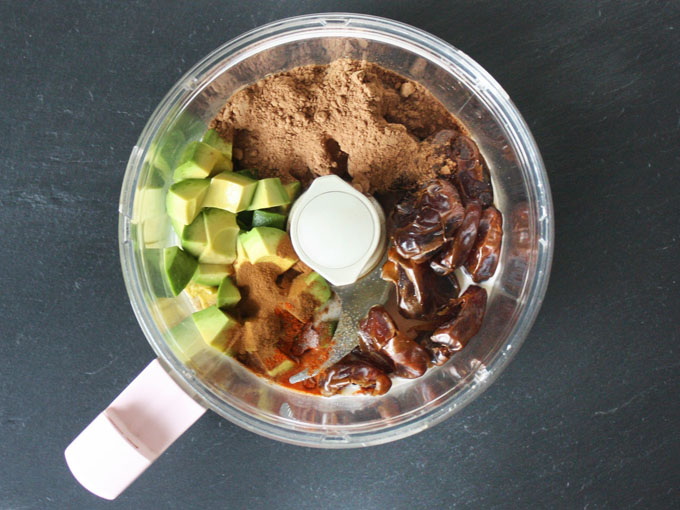 raw vegan Mexican chocolate avocado pudding