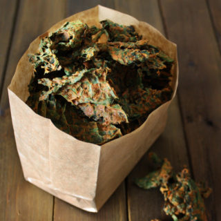 raw vegan nacho kale chips
