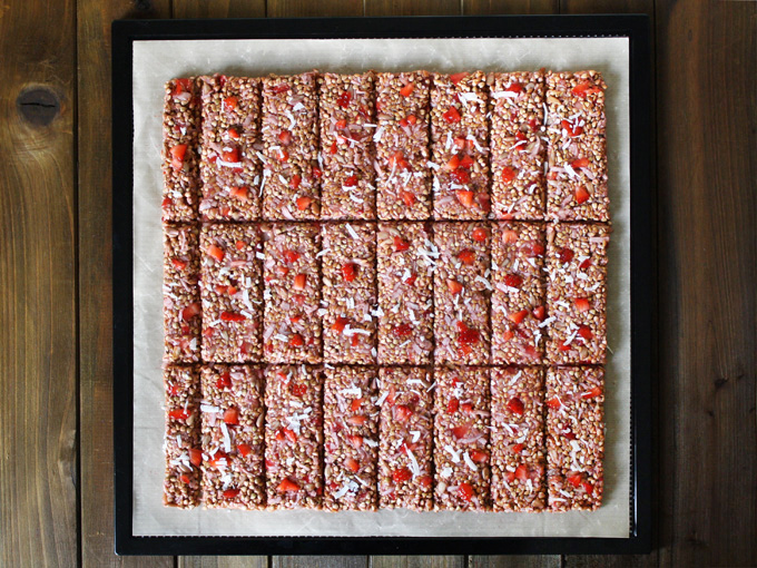 raw vegan strawberry coconut granola bars