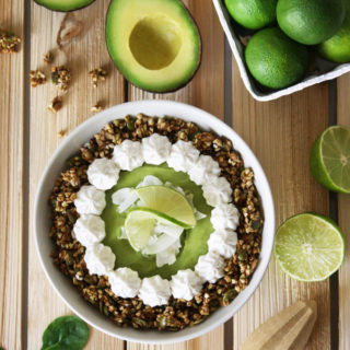 raw vegan key lime pie smoothie bowl