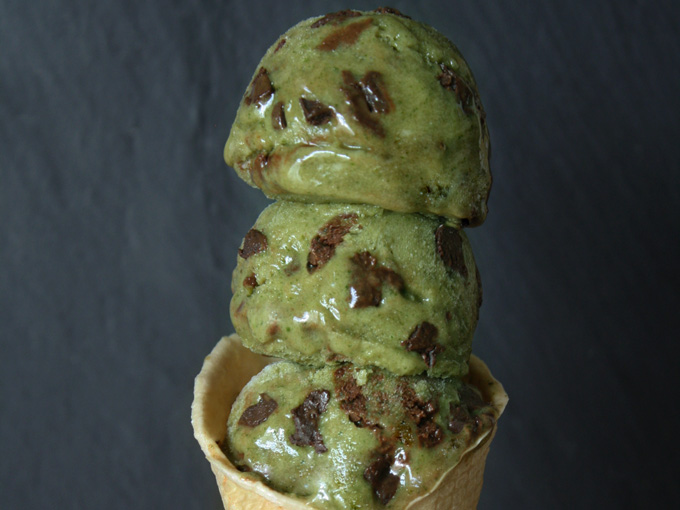 raw vegan mint chocolate chip banana ice cream