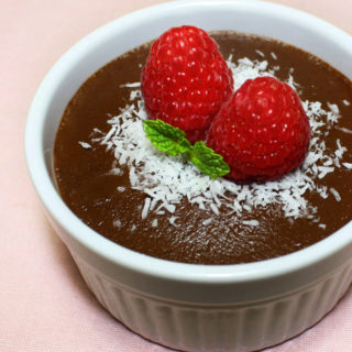 Raw Vegan Chocolate Avocado Pudding