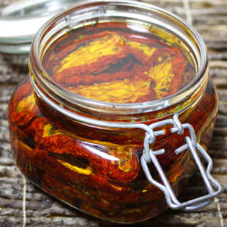 homemade oil packed sun dried tomatoes raw vegan