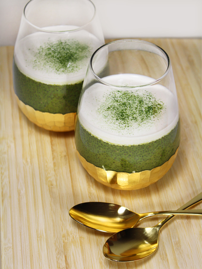 raw vegan matcha green tea chia pudding