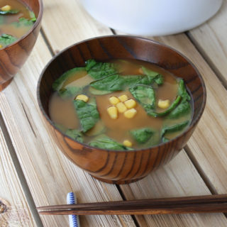 raw vegan spinach and corn miso soup