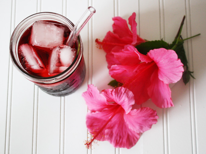 Raw Vegan Agua de Jamaica (Hibiscus Tea)