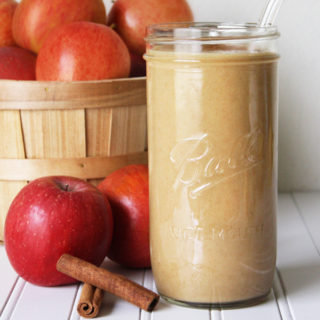 Raw Vegan Apple Pie Smoothie